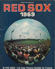 1969 BASEBALL BOSTON RED SOX Yearbook contains beautiful player pictures
