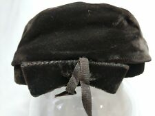 Vintage Brown Velvet Hat Ladies No Label Velvet Bow with Grosgrain Ribbon