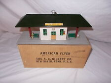 AMERICAN FLYER #273 MINICRAFT GREEN SUBURBAN STATION & ORIGINAL BOX LOT #L-176