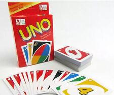 Juego de tarjetas estándar uno familia amigos los Niños Diversión 108 jugando a las cartas Reino Unido Stock