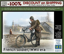 """Master Box 35173 """"French Soldier with Bicycle"""" WWII era. Scale 1/35"""