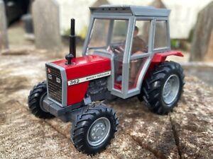 1/32 scale Britains 9502  Massey Ferguson 362 tractor tracteur traktor