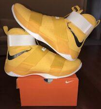 Nike Lebron 10 X Soldier Court Yellow 14 Tb Gold Air Zoom White XI 11 1 2 3 4 5