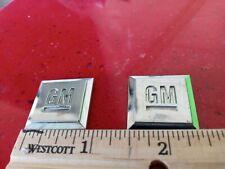 Gm Mark of Excellence Emblem Pair Oem Doors Sides Plastic 1 Inch Emblem Squares