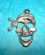 Pendant Pirate Charm Swashbuckler Pirates of the Caribbean Sea Skull Doo Rag