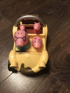PEPPA PIG YELLOW BEACH BUGGY TALKING MUSICAL CAR WITH FIXED FIGURES