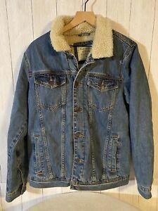 abercrombie fitch Faux Fur Collar Sherpa Lined Denim Jean Jacket Women's Medium