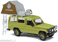 Busch 43514, Toyota Land Cruiser HZJ 78 mit Dachzelt grün, H0 Fertigmodell 1:87