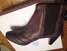 NWT ERIC MICHAEL CONTESSA Pull-on BROWN Leather Euro Comfort Ankle Boots 9.5M