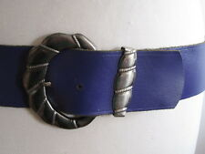 VINTAGE 1980'S WIDE PURPLE LEATHER BELT FANCY PEWTER EFFECT BUCKLE AND BELT LOOP