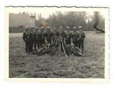 Foto, Soldatgruppe in Uniform, Helm, Gewehre, Foto aus Gnesen Pommern, Polen,