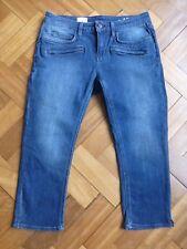 Gap denim size 10 zip back pockets 2% elastane jeans