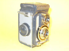 Yashica 44A - vintage TLR in good condition and perfectly working!