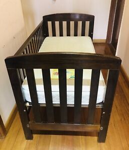 Boori Cot with mattress and Valco Baby change table in Good Condition