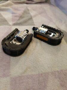 """Bike pedals x2 Alixin Non Slip Aluminium Spindle diameter 9/16"""" 1 Pair reflector"""