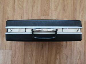 Samsonite Executive Black Hard Shell Brief Case with original keys