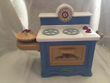 Vintage Fisher Price Briarberry Bear Collection Stove EUC