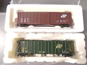 Walthers/Tangent Ho Freight cars(2), C&NW