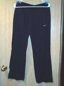 Nike Sphere Dry Women's Sweat Pants - Size M - Black