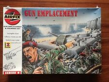 AIRFIX 1/76 WW II GUN EMPLACEMENT  W/  87 FIGURES KIT # 06704 FACTORY SEALED