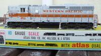 Atlas 7001 Diesellok SD 24 der Western Pacific WP in OVP, USA, US mit Licht, Top