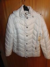 NEW - ST JOHNS BAY WINTER JACKET - 2 FRONT POCKETS - WHITE - MED  (SB5-CT103M)