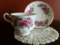 💐Queen Anne Roses Bone China Footed Teacup & Saucer 8544 Made in England