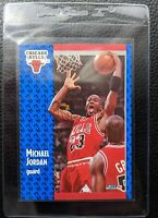 1991 FLEER #29 MICHAEL JORDAN CHICAGO BULLS HOF MINT