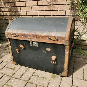 Early 20th Century Antique domed travelling trunk ottoman chest blanket box