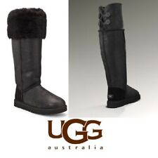 UGG OVER THE KNEE SZ 6