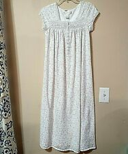 EILEEN WEST Womens XS White Floral Embroidered Lace S/S Long Nightgown NWOT