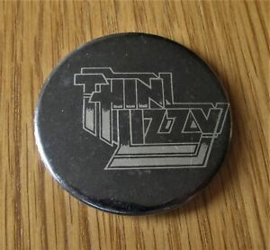 THIN LIZZY SILVER LOGO VINTAGE METAL PIN BADGE FROM THE 1970's COWBOY SONG