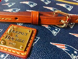 Authentic Dooney & Bourke New England Patriots Double Zip Purse Leather Strap