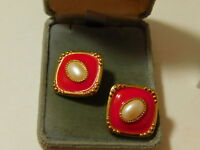 Vintage Christmas Red Enamel Faux Pearl Gold tone Clip Earrings 12d 15