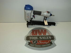 Wide Crown Stapler Uses Bostitch S2 Series Staples Spotnails (USED) X1S1640