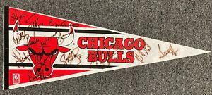 1991-92 NBA Champions Chicago Bulls Team Signed 12x Pennant Michael Jordan JSA