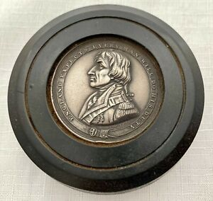 19th Century Bois Durci Snuff Box with Admiral Lord Nelson Profile.