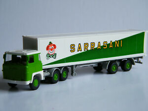 Wiking 520 50 1 Scania 111 LBT Containersattelzug Sarrasani