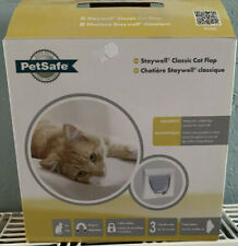 Staywell PetSafe 932 Cat Flap White Magnetic 4 Way Locking Inc. 1x Key Magnet