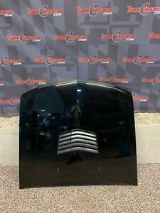 2005 CADILLAC CTS-V CTS V OEM HOOD W/ AFTERMARKET VENT -LOCAL PICK UP ONLY-