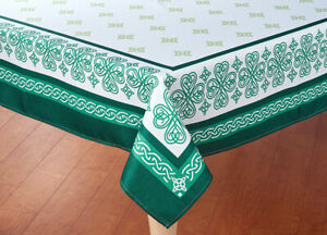 "St Patrick's Day Decor Tablecloth Shamrock Tablecloth Irish Celtic 60""x 84"" OB"