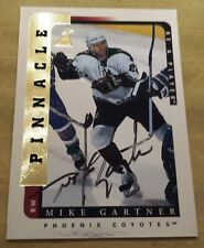 1996-97 Pinnacle BAP Be A Player FOIL SP Autograph Coyotes Mike Gartner Card #25