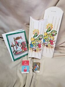Unused Vintage Christmas Lot 5 Cards 2 Boxes 9 Tags Snoopy Nativity Child Angel