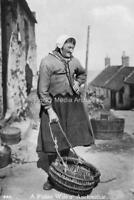 qw-119 A fisher wife o' Auchmithie Arbroath 1931