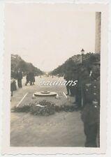 Foto Frankreich Paris Soldaten 1940   2.WK  (b871)