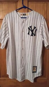 Cooperstown Collection Majestic Lou Gehrig New York Yankees White /Stripe Jersey
