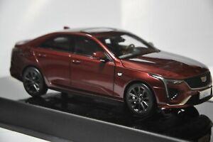 Cadillac CT4 2021 car model in scale 1:18 Jinx