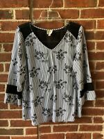 Fig and Flower Women's Shirt Top Black White Striped Floral Lace Blouse Sz L
