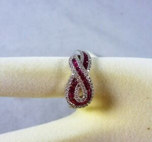 FABULOUS VINTAGE ESTATE 18 CT WG NATURAL RUBY AND DIAMOND SWIRL RING