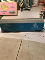 HO Scale  BACHMANN Railroad / Train Set  Freight Car  Erie Lackawanna  EL68279
